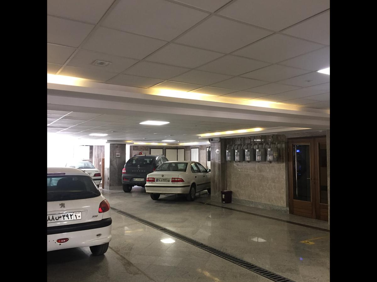 فروش آپارتمان مبله در اصفهان BM5334 | اسکان لند